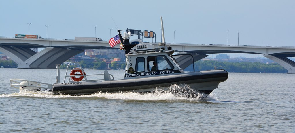 22 Foot Pontoon Boat >> Dancing Woman Falls Overboard, Boat Runs Over Her – First